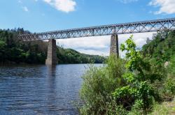Železniční most přes Orlík
