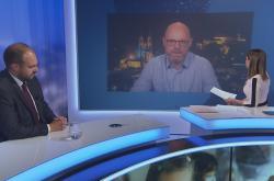 Události, komentáře: Ministr školství Plaga a poslanec Bartoň debatují o testování na školách