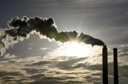 Komíny elektrárny v Opatovicích nad Labem