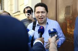 Andrej Babiš mladší před výslechem na policii