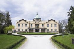 Hotel Chateau Kotěra, lidově nový zámek