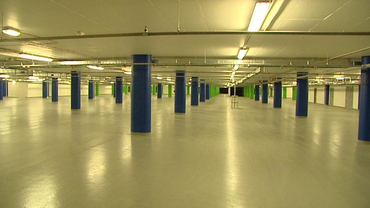 Podzemní garáž pod Letnou