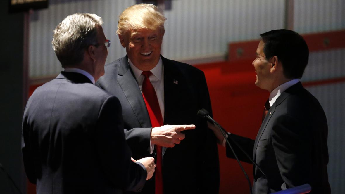 Jeb Bush, Donald Trump a Marco Rubio na republikánské debatě na Fox Business Network