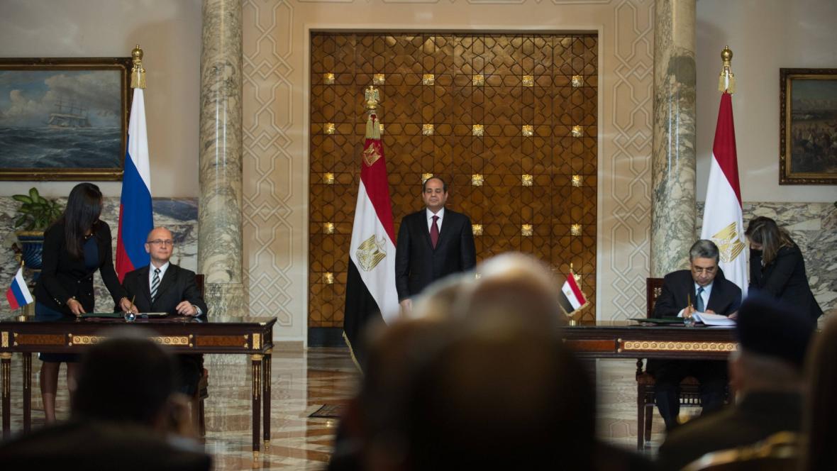 Podpis mezi Ruskem a Egyptem o výstavbě jaderné elektrárny