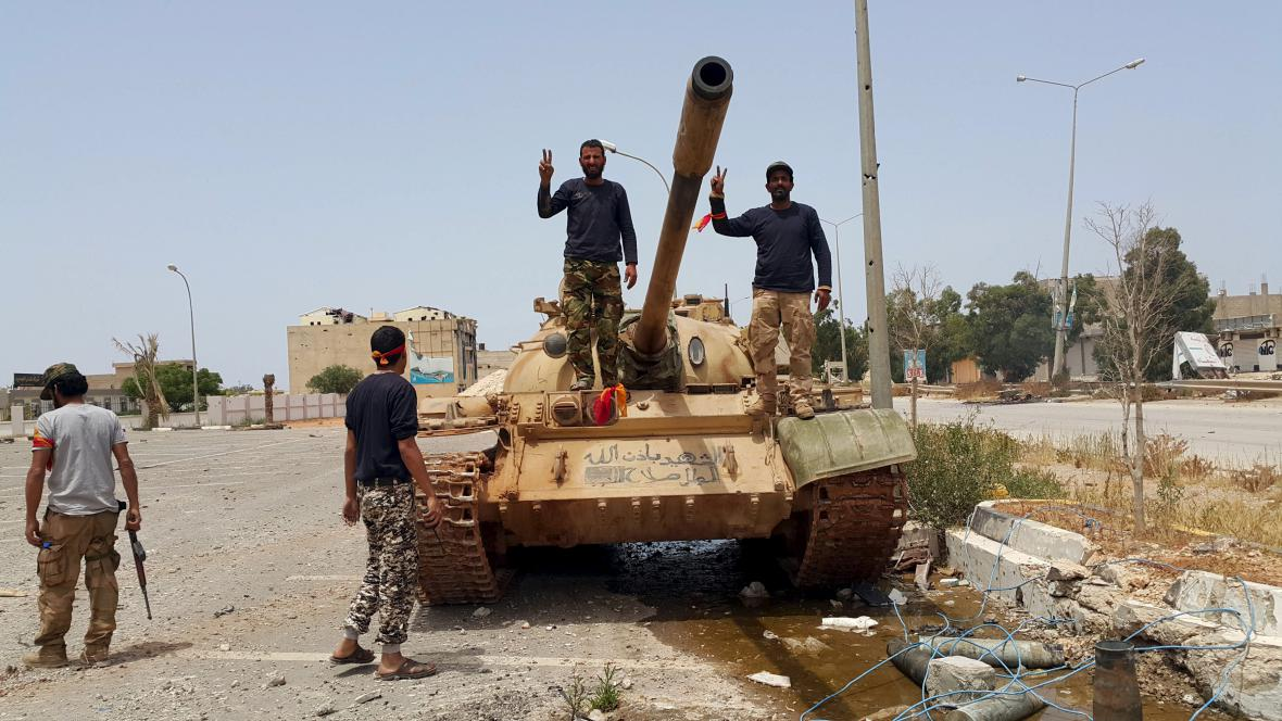 Následky bojů v Benghází