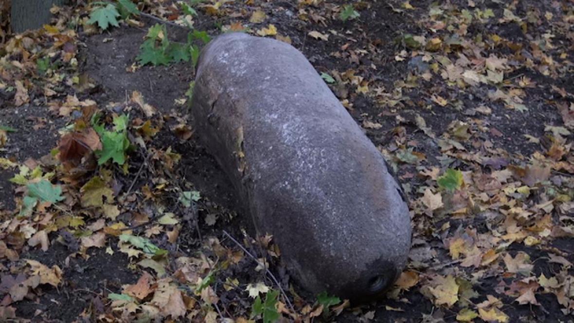 Nevybuchlá puma z dob války má 450 kilogramů