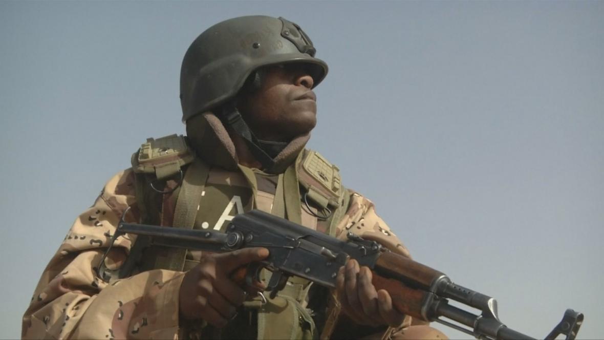 Voják v Nigeru