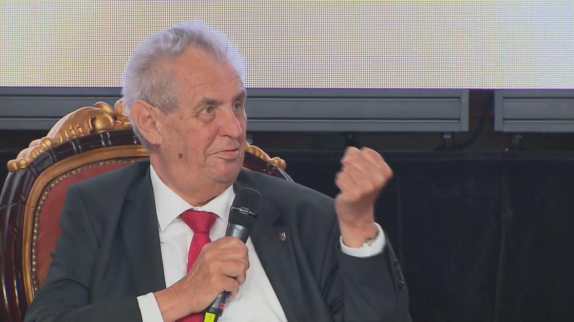 Prezident Miloš Zeman hovoří na Žofínském fóru