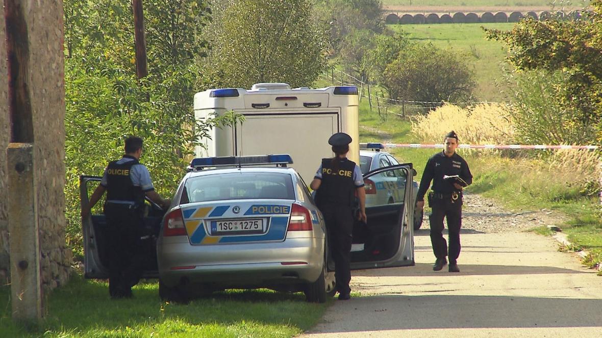 Policie vyšetřuje střelbu v Jankově na Benešovsku
