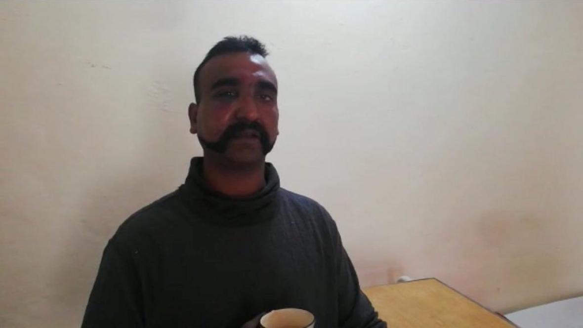 Zajatý indický pilot