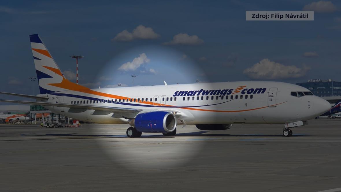 Letadlo Smartwingsu letělo ze Samosu do Prahy jen s jedním motorem