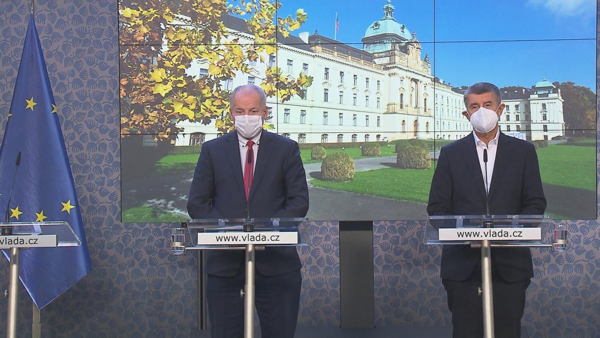 Prymula a Babiš po tiskové konferenci vlády