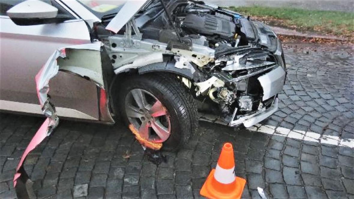Úředník způsobil nehodou v opilosti škodu 300 tisíc korun