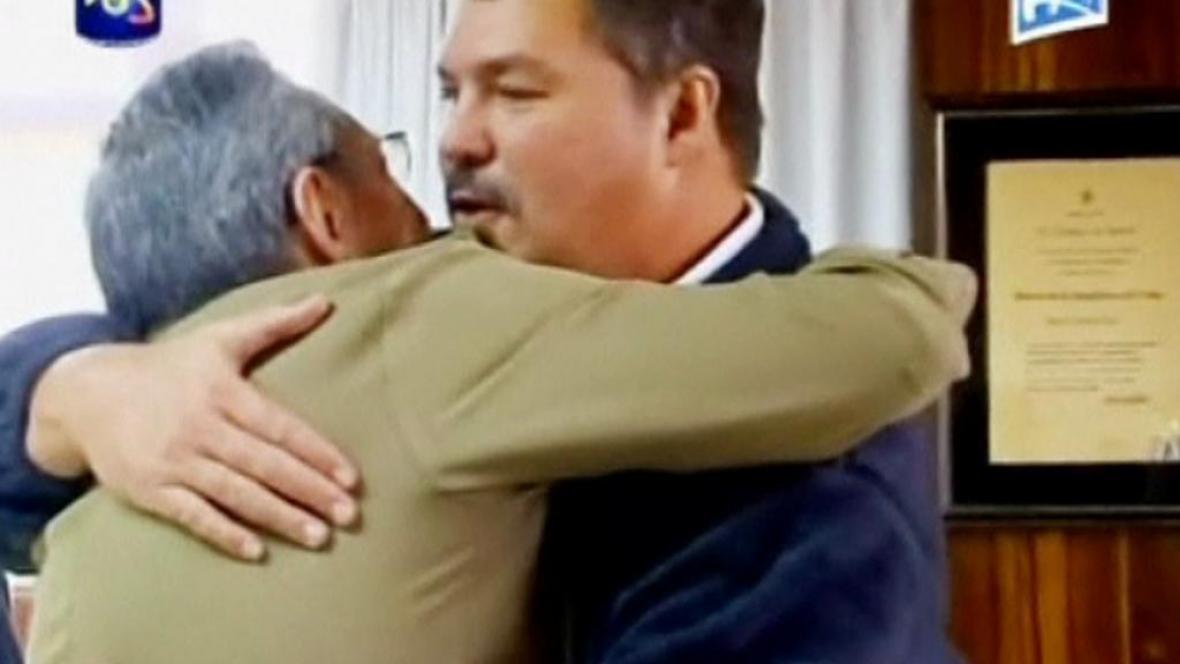 Propuštění kubánští agenti s Castrem