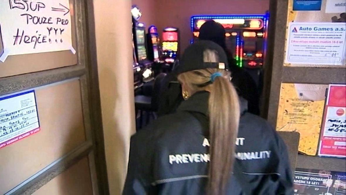 Bruntálští asistenti prevence kriminality se osvědčili