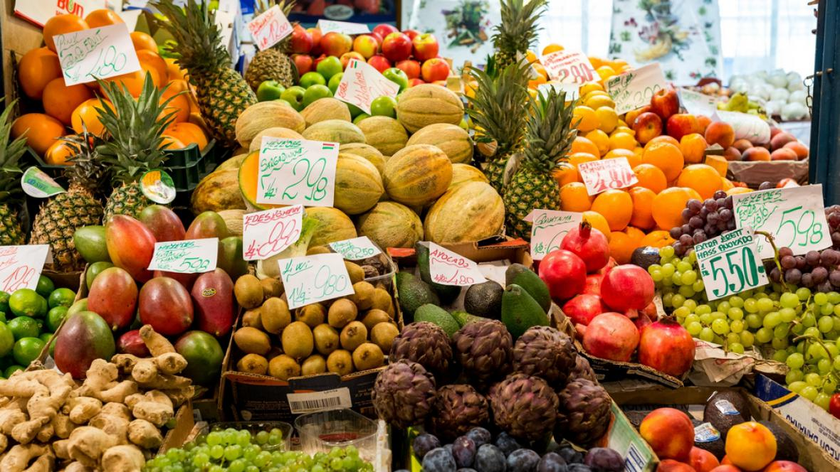Nákupy v maďarském hypermarketu