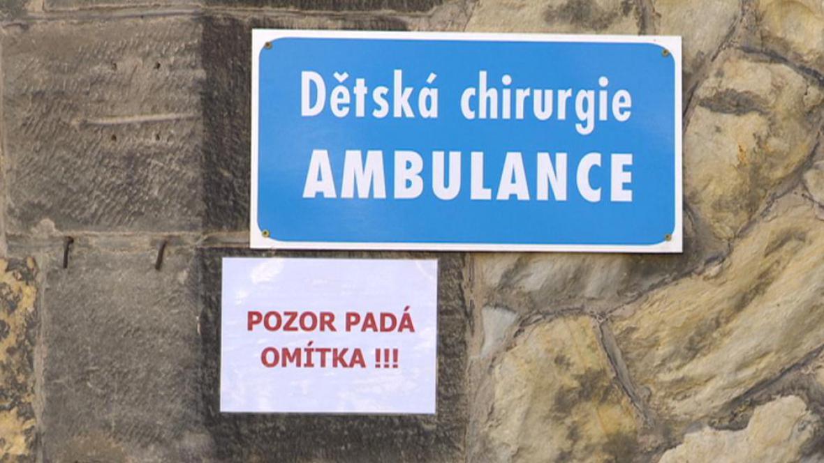 Výstraha na budově dětské chirurgie