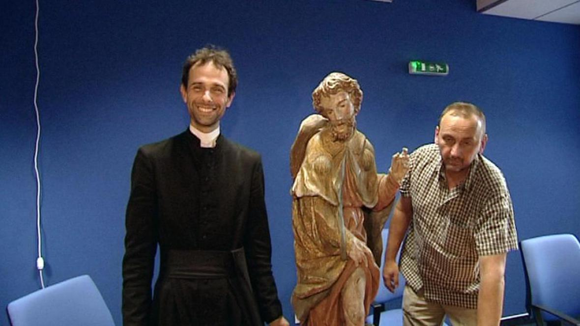 Navrácení sochy