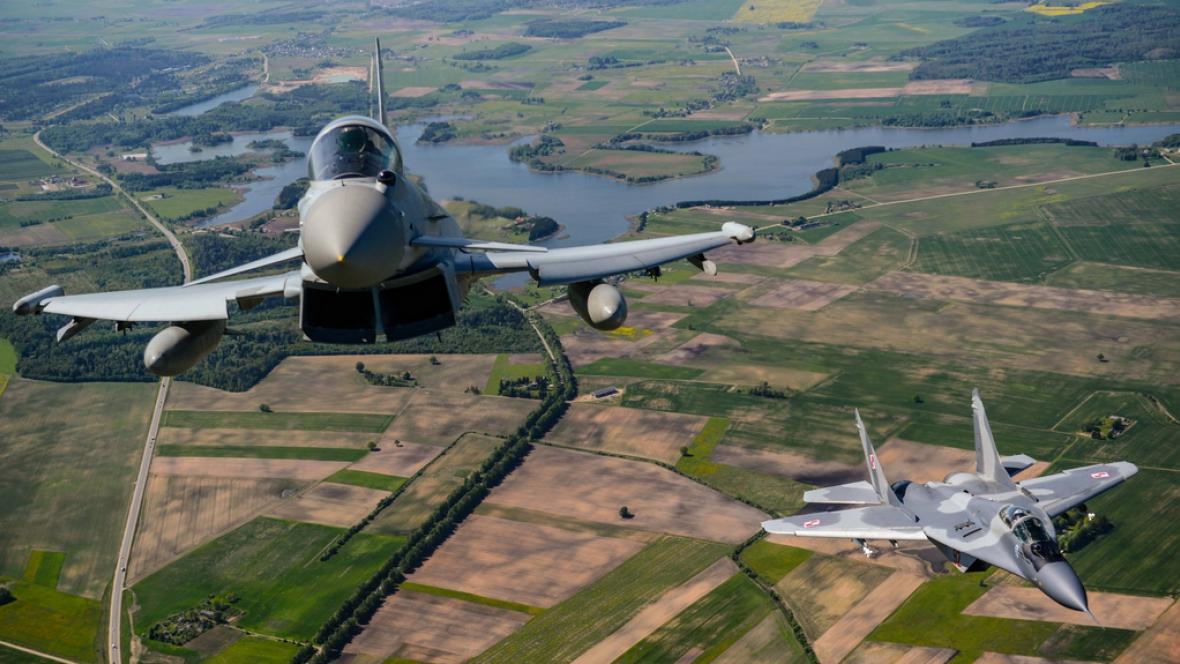 Manévry stíhaček NATO v Pobaltí