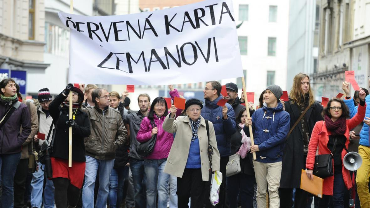 Kritici Miloše Zemana v Brně