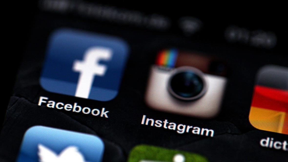 Mobilní aplikace pro Facebook