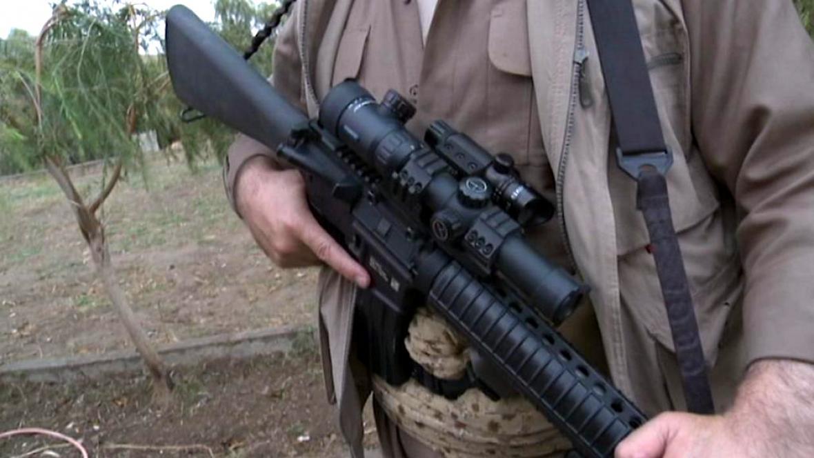 Americké zbraně v rukou pešmergů