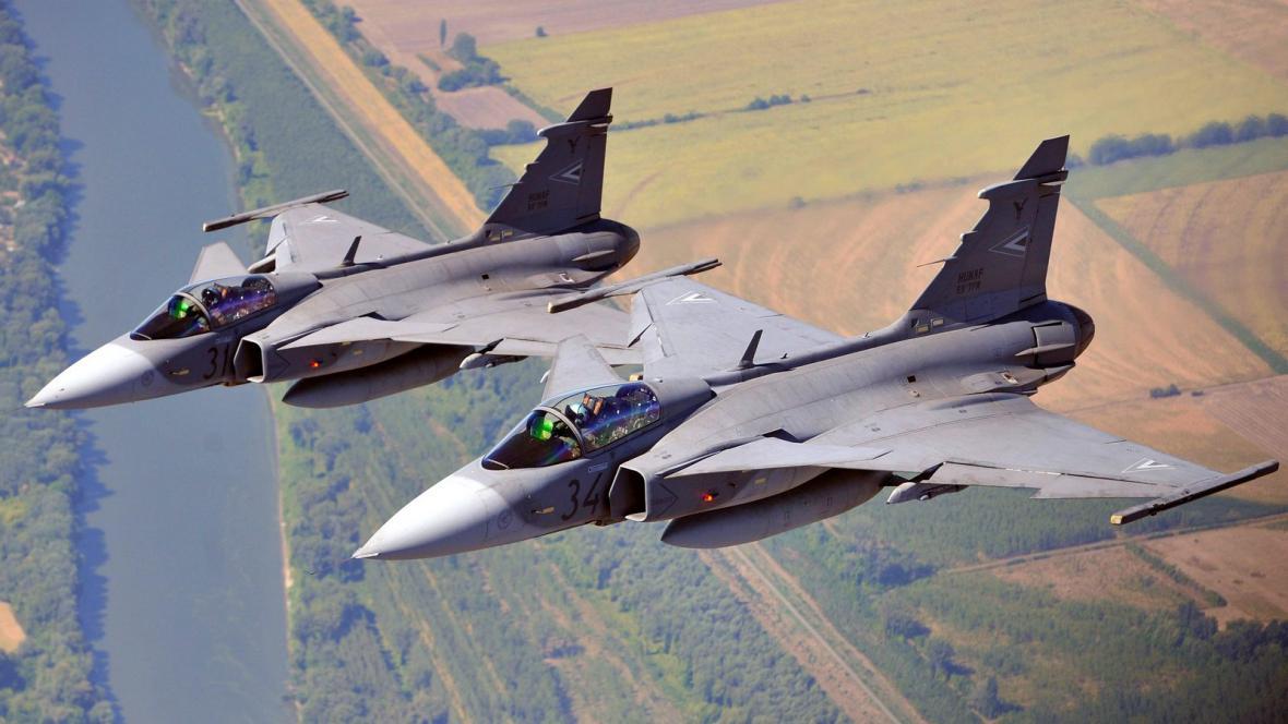 Nadzvukové letouny Gripen