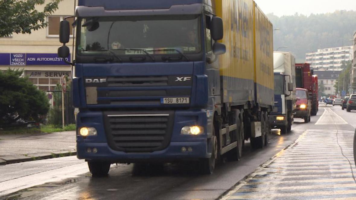 Kamiony v Náchodě