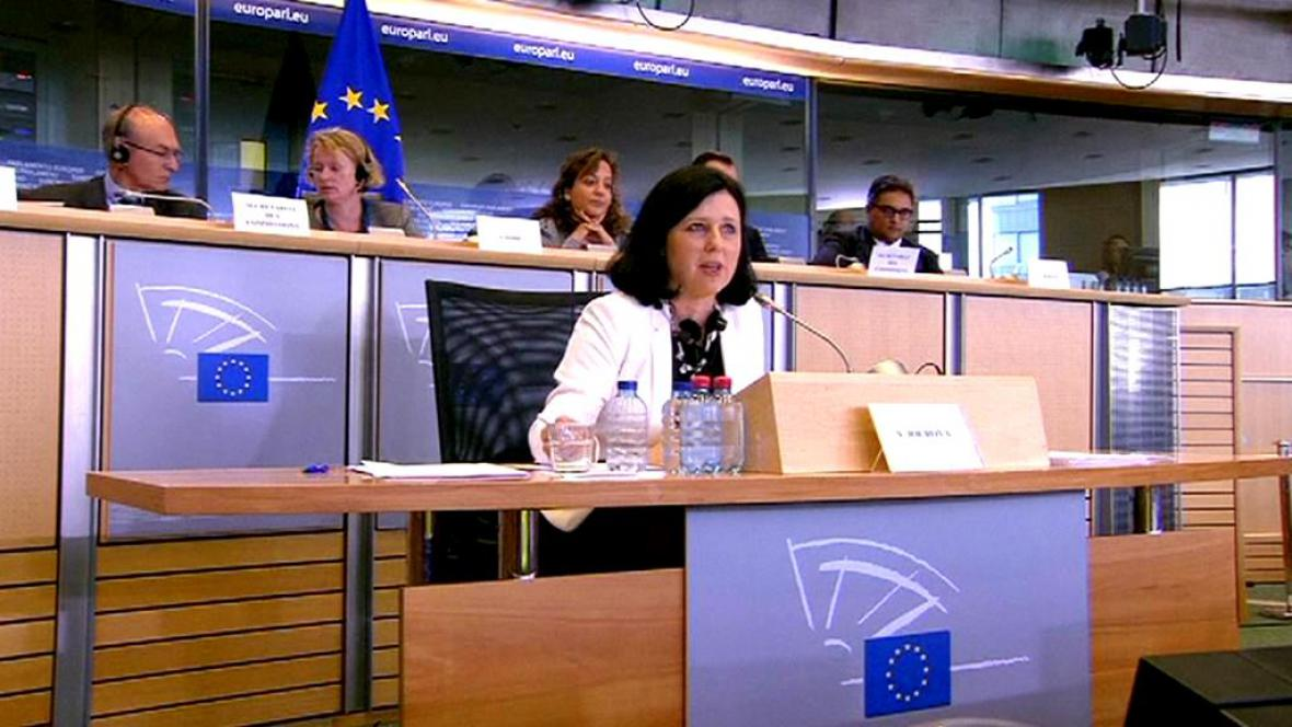 Věra Jourová při slyšení v Evropském parlamentu
