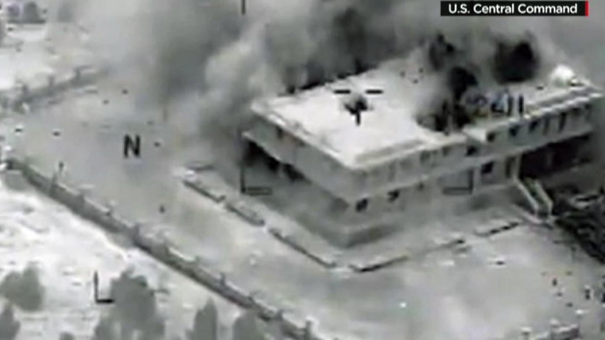 Útok na cíle islamistů v Sýrii