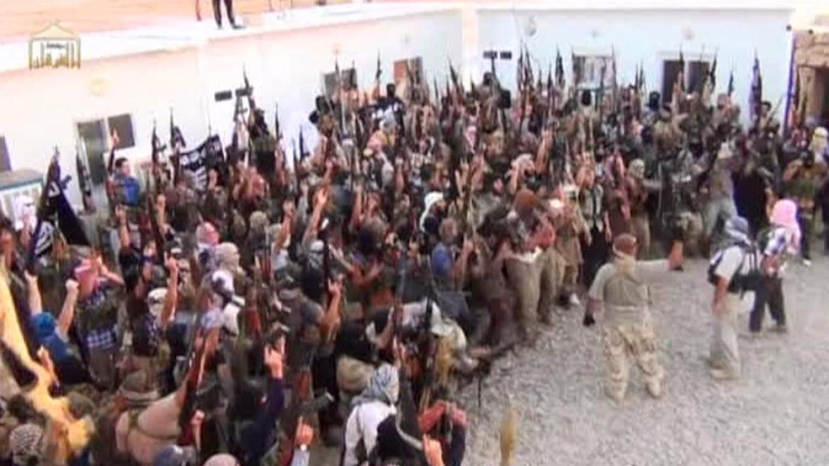 Vojenské oddíly islamistů nabírají rekruty ze západní Evropy