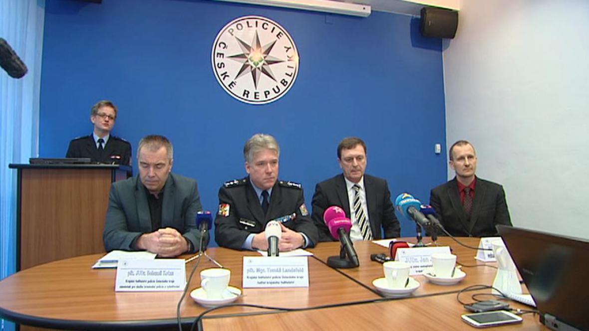 Policie zveřejnila podrobnosti o vrahovi Housky