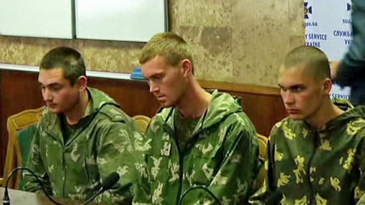 Zajatí ruští vojáci