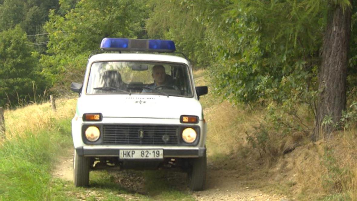 Lada Niva slouží policii v Jizerských horách už 13 let