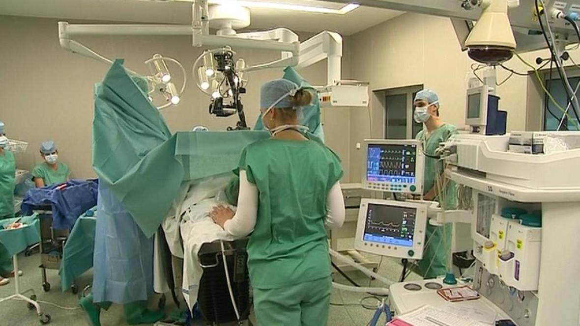 Operační sál zlínské nemocnice