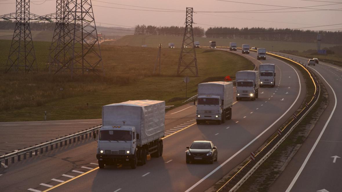 Ruský konvoj míří k ukrajinským hranicím