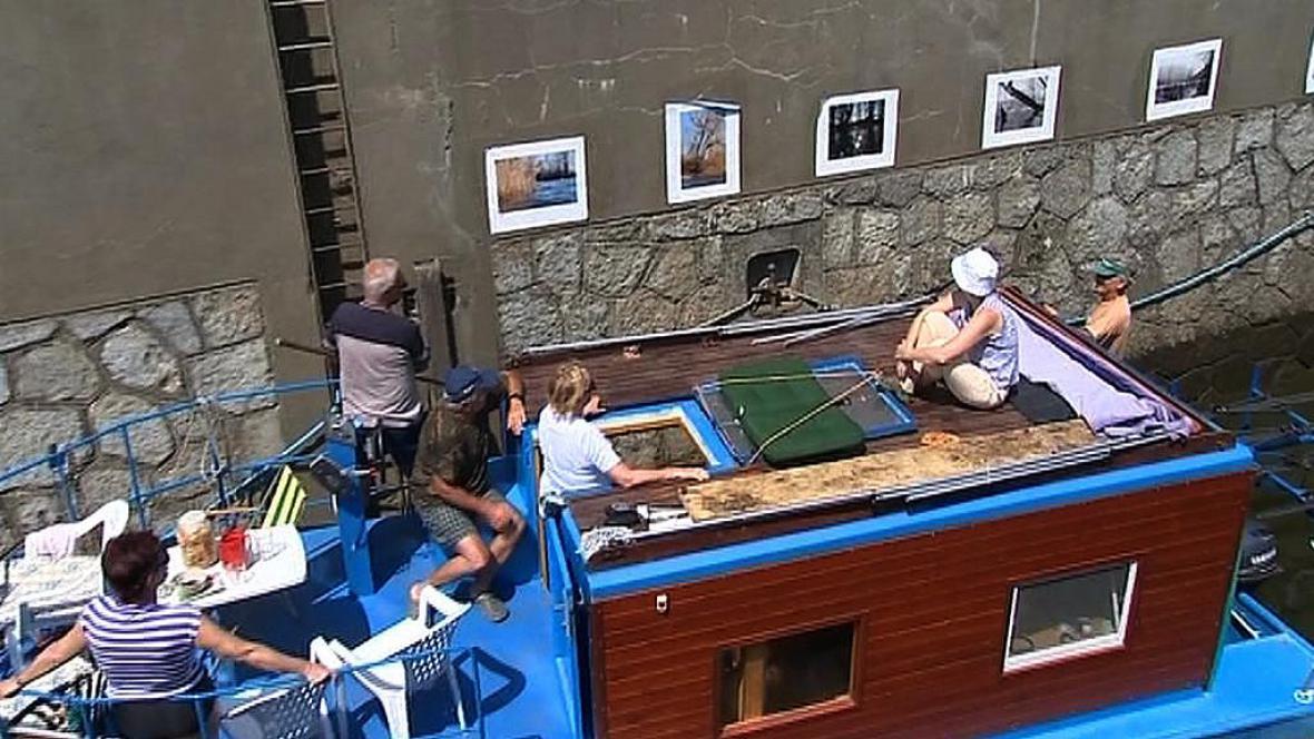 Fotografická výstava v plavební komoře
