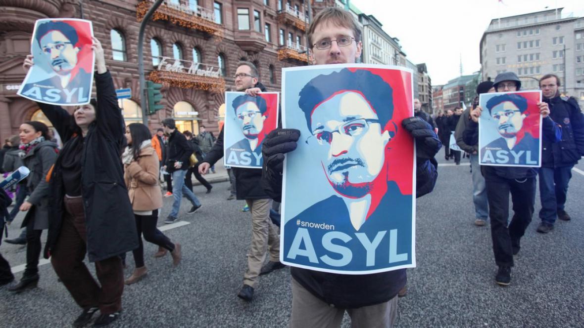 Demonstrace za Snowdena