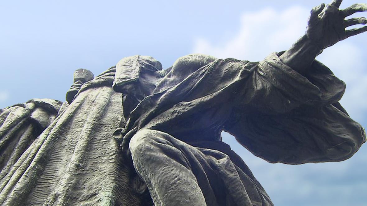 Pomník mistra Jana Husa (detail)