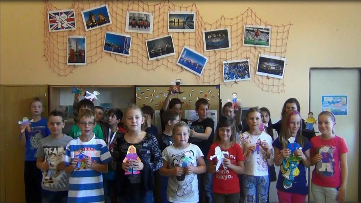 Borohrádecké děti představují projekt Flat Stanley