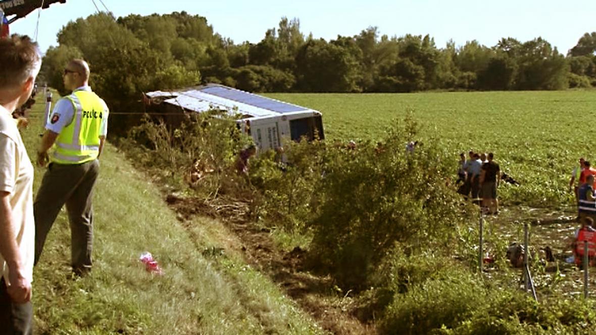Tragická nehoda autobusu na Slovensku