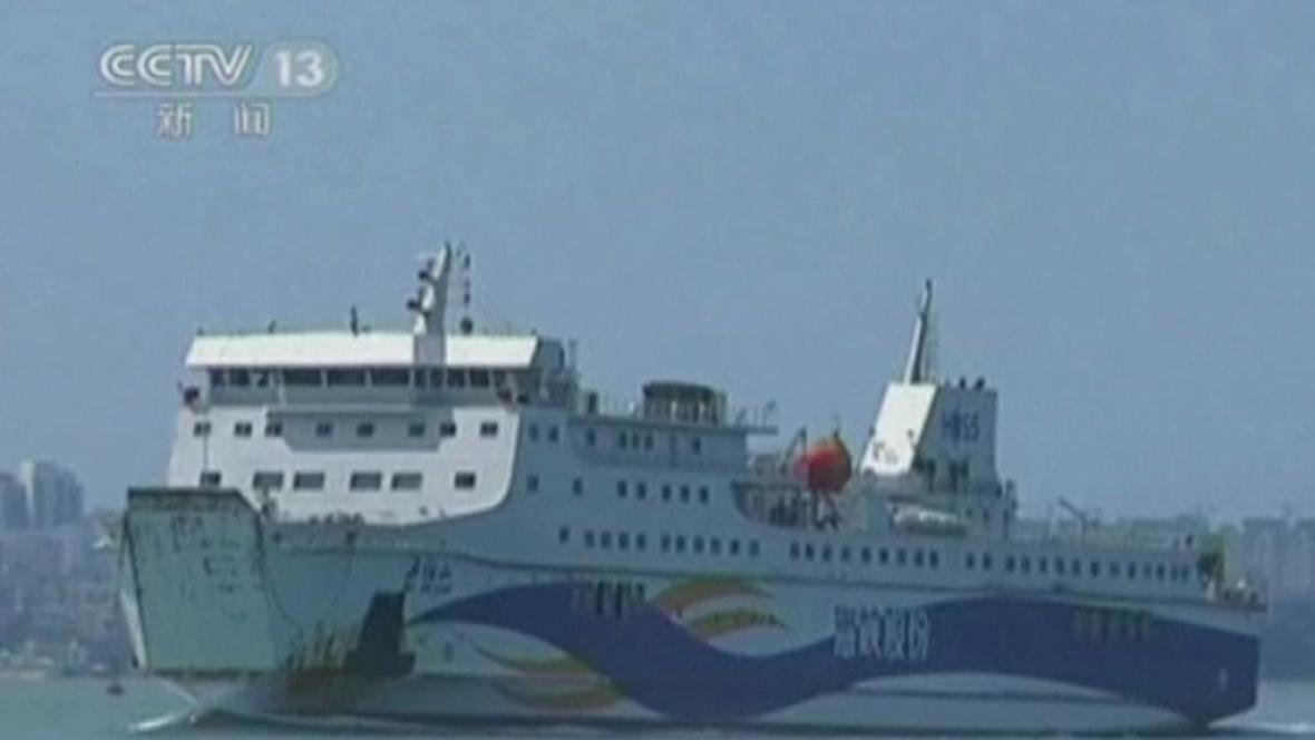 Čína vyslala do Vietnamu pro své občany lodě