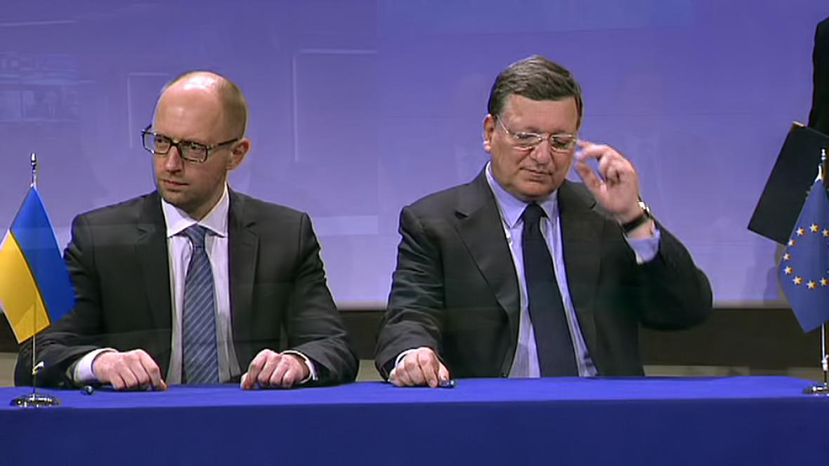 Arsenij Jaceňuk a José Manuel Barroso