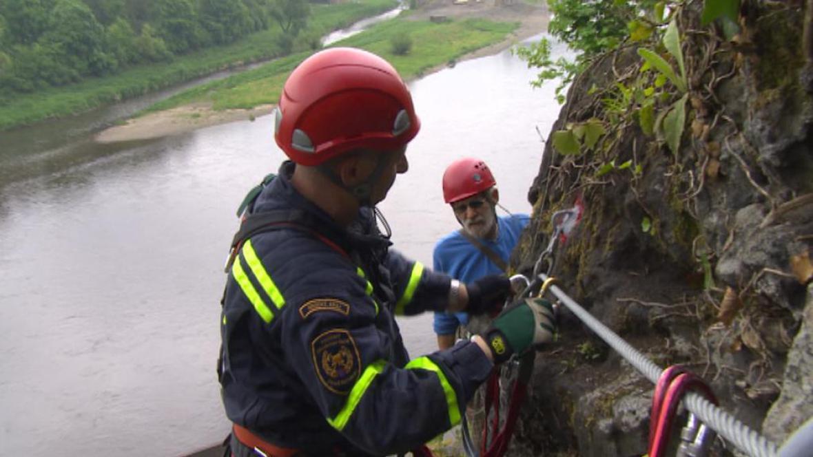 Testování skalní stezky v Děčíně