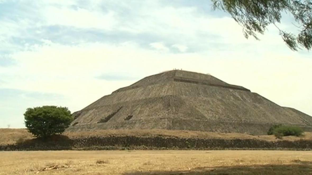 Pyramida slunce