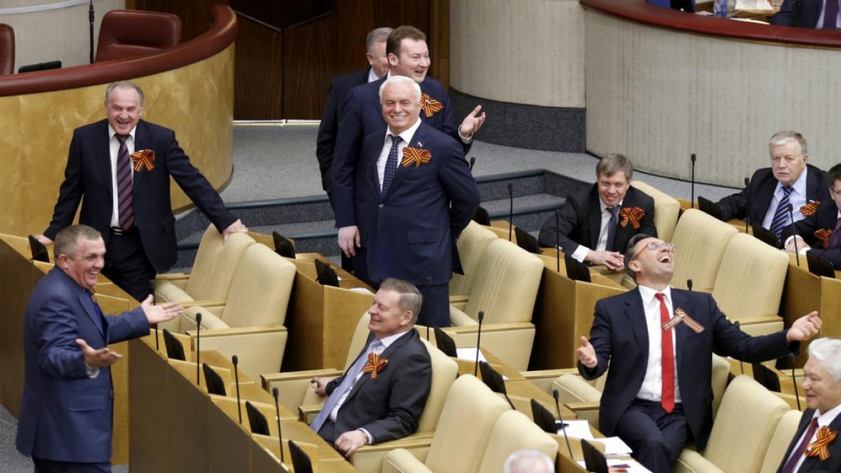 Státní duma ratifikovala smlouvu o připojení Krymu