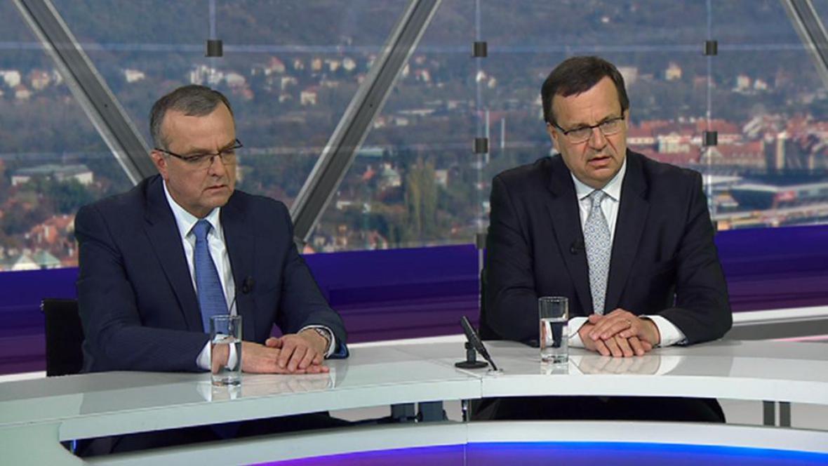 Miroslav Kalousek (vlevo) a Jan Mládek v Otázkách Václava Moravce