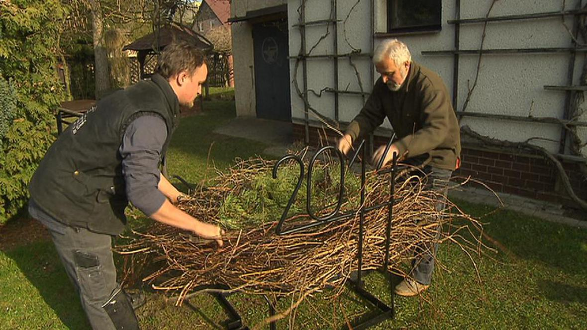 Příprava čapího hnízda