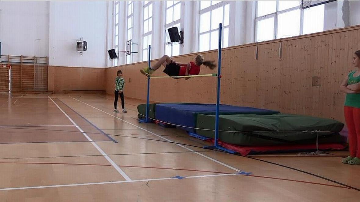 Výškařské klání na ZŠ Okříšky