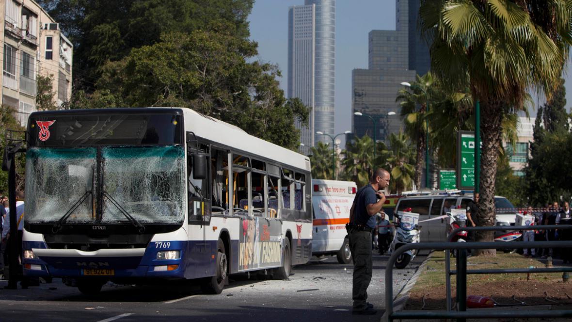 Atentát na autobus v Tel Avivu